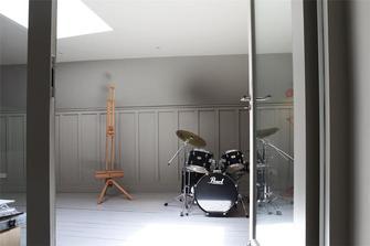 10-15万80平米三室一厅英伦风格健身室图片