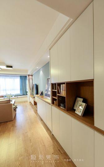 10-15万80平米三室两厅北欧风格走廊图片