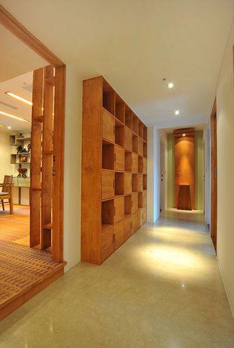 3万以下130平米三室两厅东南亚风格走廊装修效果图