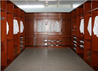 140平米四室三厅中式风格衣帽间图片