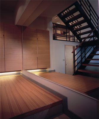 70平米复式英伦风格阁楼装修案例